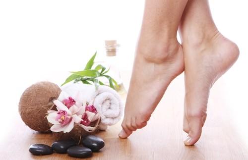 Massage chân hàng ngày với ghế massage để bảo vệ sức khỏe